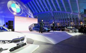 Espectacular estreno del BMW Serie 3 en l´Hemisfèric