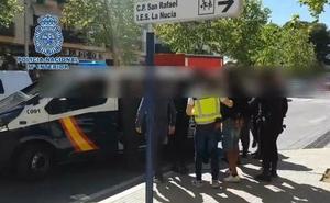 Extorsionan a un empresario valenciano y le agreden en la puerta de su casa