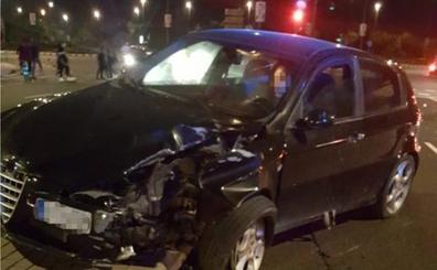 Un conductor que quintuplicaba la tasa de alcohol y con el carné retirado causa un accidente en Valencia