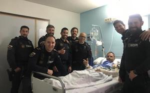 La Policía Local salva la vida a un hombre que se desangraba tras cortarse el brazo con una radial