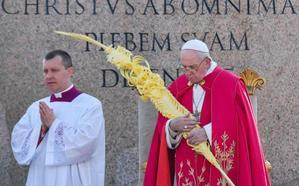 Palmas de Elche de tres metros para el Papa en el Vaticano el Domingo de Ramos