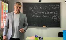 Toni Cantó promete acabar con la «vergonzosa situación de la educación en la Comunitat»