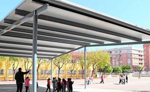 Invierten 160.000 euros en zonas de sombra en los colegios de Albal