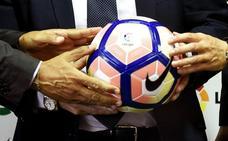 La próxima marca del Valencia CF rompe con los 22 años de balones Nike en la Liga