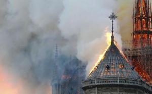 Vídeo: el fuego devora Notre Dame