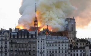 DIRECTO | Los bomberos salvan la estructura de Notre Dame