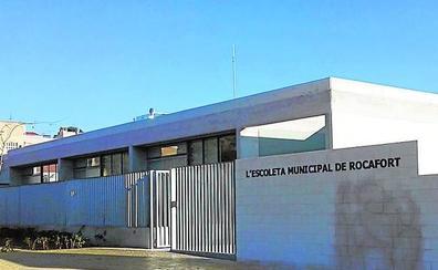 Una inversión de 225.000 euros en los dos centros educativos