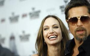 Brad Pitt y Angelina Jolie ya están solteros oficialmente
