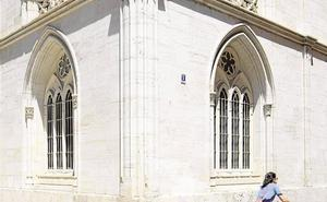 Condenan a la Generalitat Valenciana a pagar toda la beca a un alumno de máster de la Universidad Católica de Valencia
