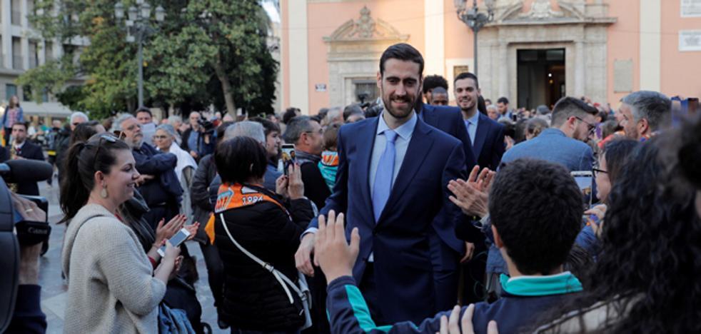 Ofrenda de la Eurocup por un mundo más fraternal y humano a través del deporte