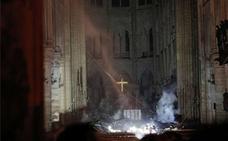 La historia de la fatalidad de Notre Dame, en imágenes