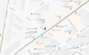 Un fuego en una caja de distribución de luz obliga a desalojar dos comercios en Dénia