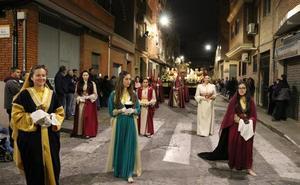 La devoción sale a las calles de l'Horta con procesiones, Vía Crucis y traslados