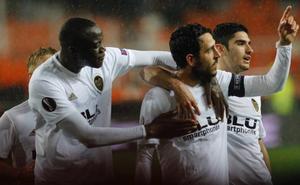El Valencia, sangre fría para amarrar las semifinales