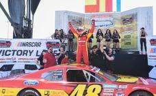 Éxito de la NASCAR en el Ricardo Tormo, con victorias para Vilariño