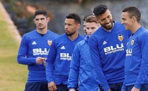 Rodrigo vuelve a la lista ante el Betis, mientras Piccini y Jaume siguen de baja