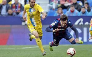 Vídeo: resumen y goles del intenso Levante-Espanyol (2-2)