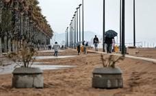 Los efectos del temporal de Semana Santa 2019 en el paseo Marítimo de Valencia y la Malvarrosa