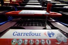 Carrefour culpa al Consell de la caída de su facturación en España por cerrar en festivo