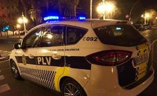 Un individuo se cuela en un retén de la Policía Local de Valencia