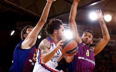 Larkin comanda la paliza del Anadolu Efes al Barça