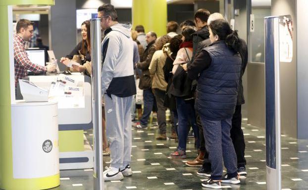 Voto por correo para las elecciones del 28 de abril la for Horario oficina correos valencia