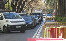 El tráfico cae en Ruzafa y Reino de Valencia entre quejas por los atascos