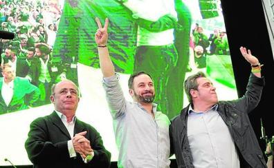Abascal abarrota el Príncipe Felipe de Valencia y pide el voto «en defensa de la libertad»