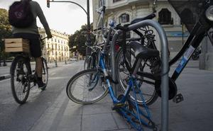 Valencia contará con la primera red de aparcabicis cerrados y a pie de calle