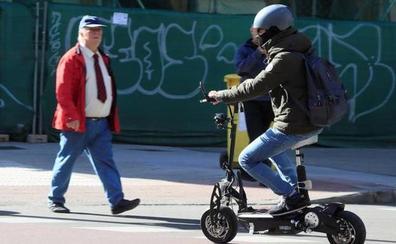 Las multas de la nueva ordenanza de Movilidad a patinetes eléctricos y bicicletas en Valencia: hasta 500 euros