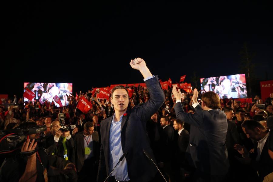 Pedro Sánchez cierra la campaña electoral con el mitin del PSOE en Valencia