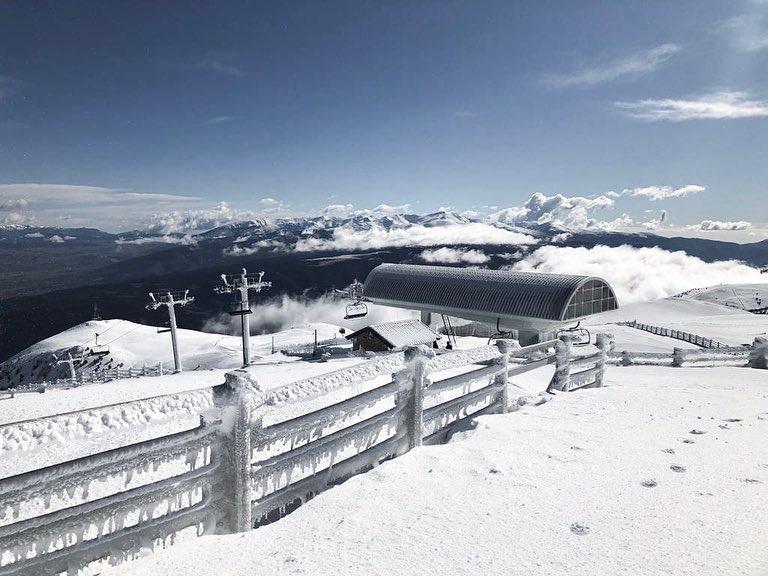 La nieve acompaña a Masella hasta el final