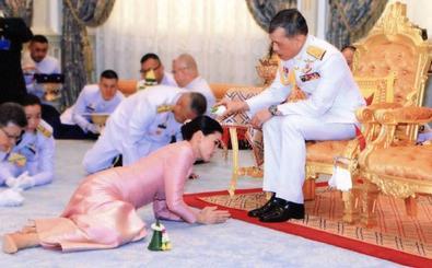 El rey de Tailandia se vuelve a casar