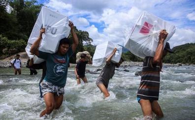 Las elecciones en Indonesia dejan 300 fallecidos por agotamiento tras el recuento de votos