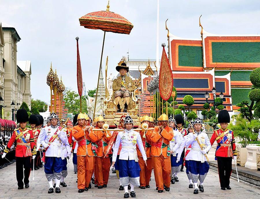 La ostentosa coronación del rey de Tailandia