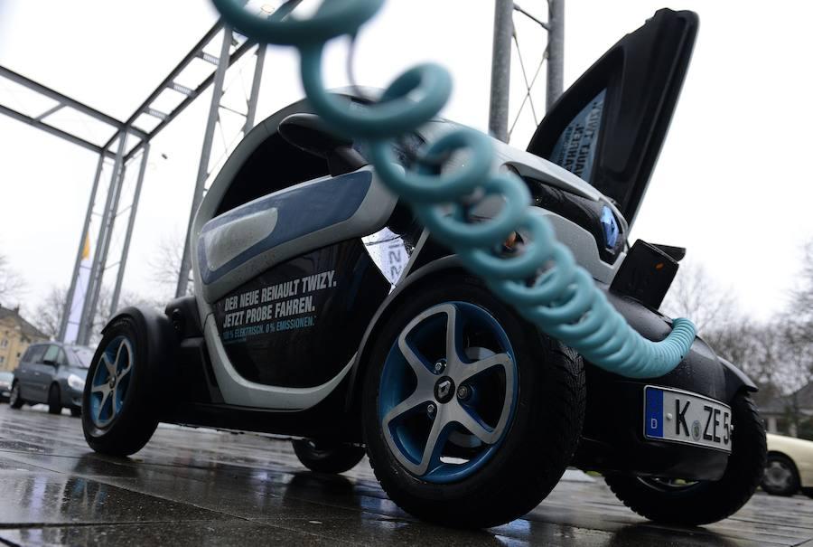 Llega el plan Moves a Valencia: 5.500 euros para comprar un coche eléctrico