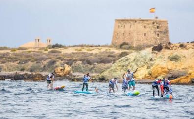 Fin de semana de deporte acuático en Santa Pola y Tabarca