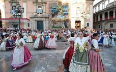 Dansà infantil en honor a la Virgen