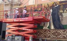 San Vicente Ferrer ya luce en el tapiz de la Virgen de los Desamparados