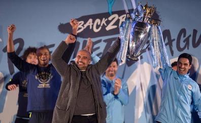 Los deberes por hacer de Guardiola en un City que roza un triplete histórico