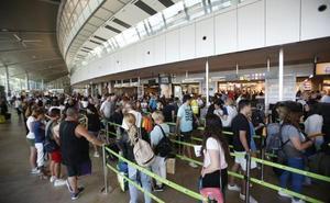 Los aeropuertos valencianos crecen por encima de la media pese al mal tiempo de Pascua