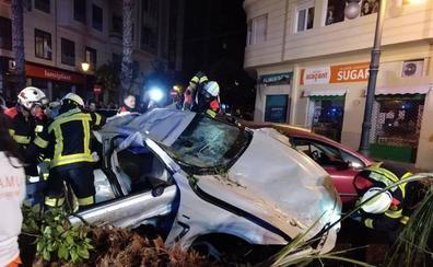 El BMW que se estrelló en Fernando el Católico circulaba a 180 Km/h