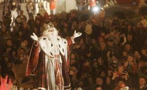 El Consistorio reconoce que instaló las sillas de la cabalgata de Reyes sin concurso