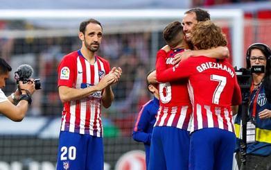 La salida de Juanfran y Godín deja al Atlético y Simeone sin referentes