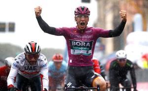 Segunda victoria de etapa de Ackermann