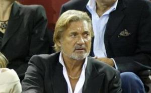 Marc Ostarcevic se trata en Benidorm para superar un cáncer de próstata