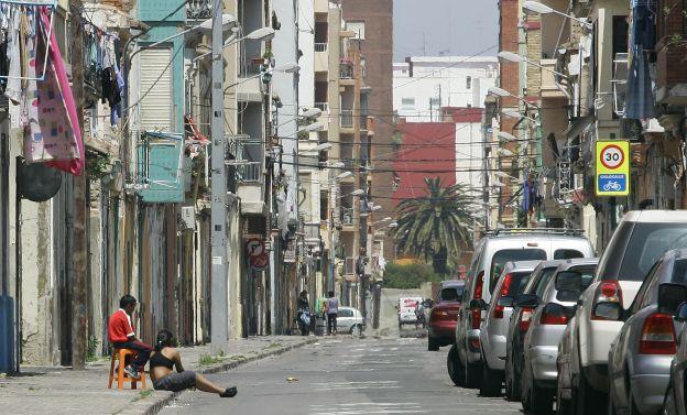 Un hombre muere acuchillado tras una disputa en el Cabanyal