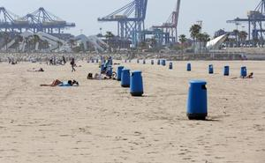 Las playas de Valencia, sin hamacas ni sombrillas