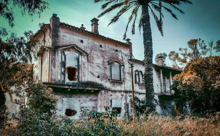 La Ciudad-Jardín de los Ingenieros, las ruinas de la Gerencia de Puerto de Sagunto