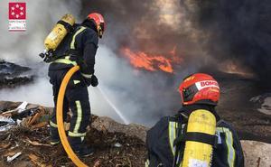 Incendio en una planta de reciclaje de Almassora